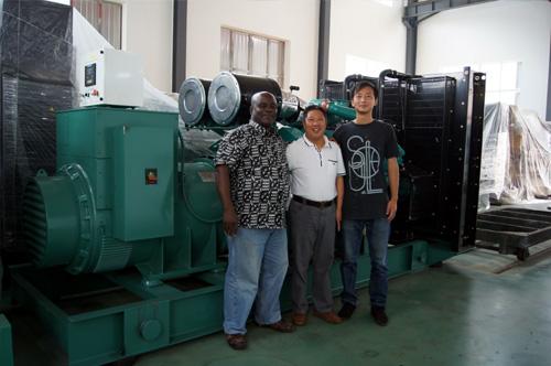 加纳客户订购一台1000KW康明斯柴油发电机组